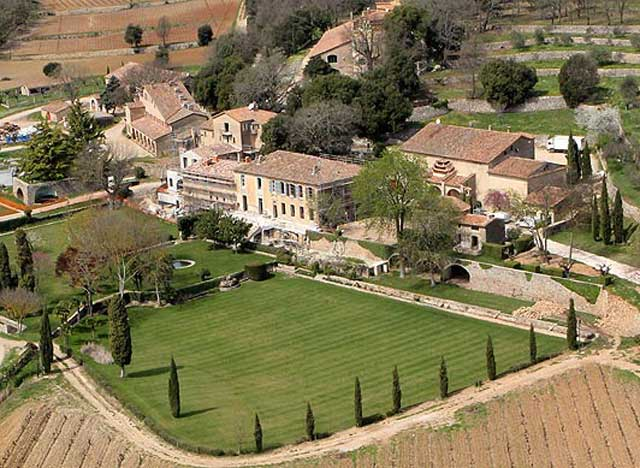 Brangelina-French-Chateau---The-Entire-Estate Celebrity