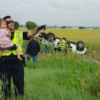 Heartbreaking Photo of Officer Comforting a Baby Goes Viral